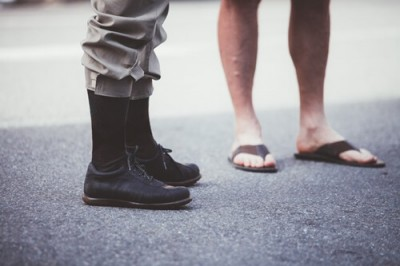 2人の足元